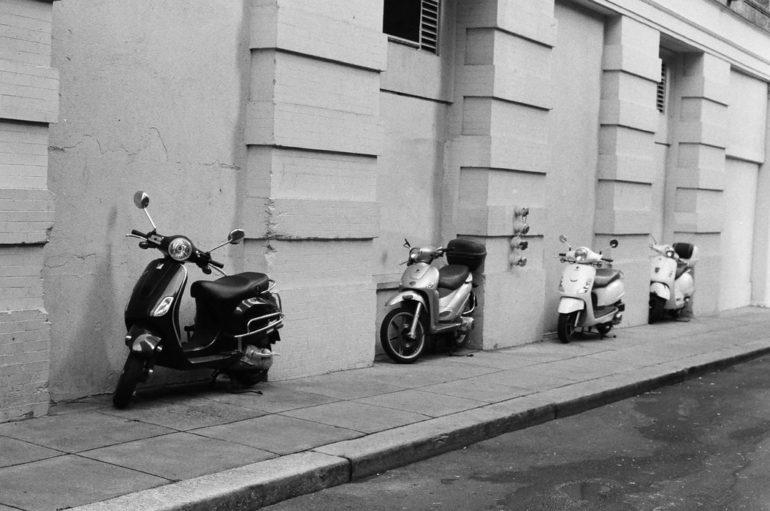 stationnement-deux-roues